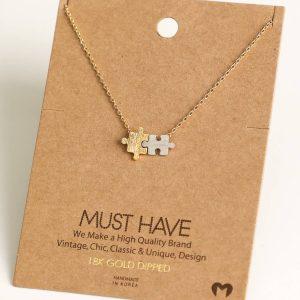 Puzzle Piece Pendant Necklace (gold)