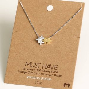 Puzzle Piece Pendant Necklace (silver)